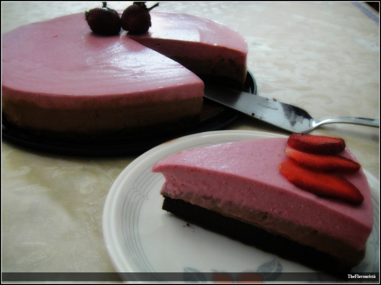 CHOCOLATE 'n' STRAWBERRY MOUSSE CAKE